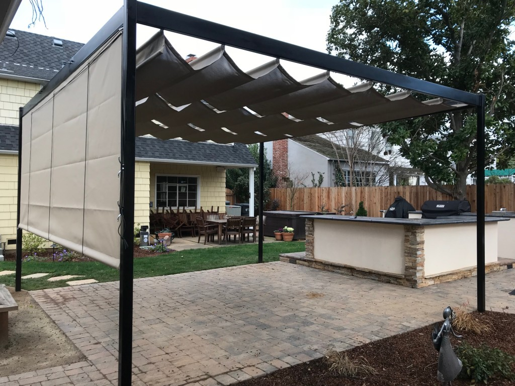 Overhead Cable Shade Structure with Steel Tube Frame and Drop Curtain