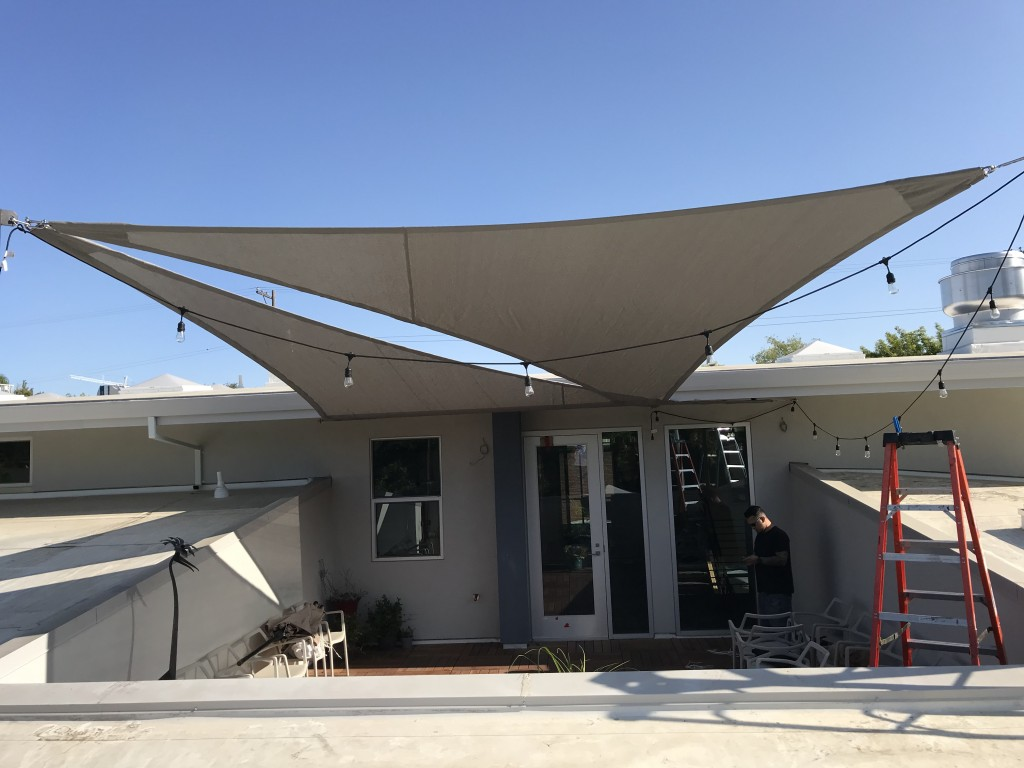 Cable Shade Sail using 90 SaFRshade mesh 90%