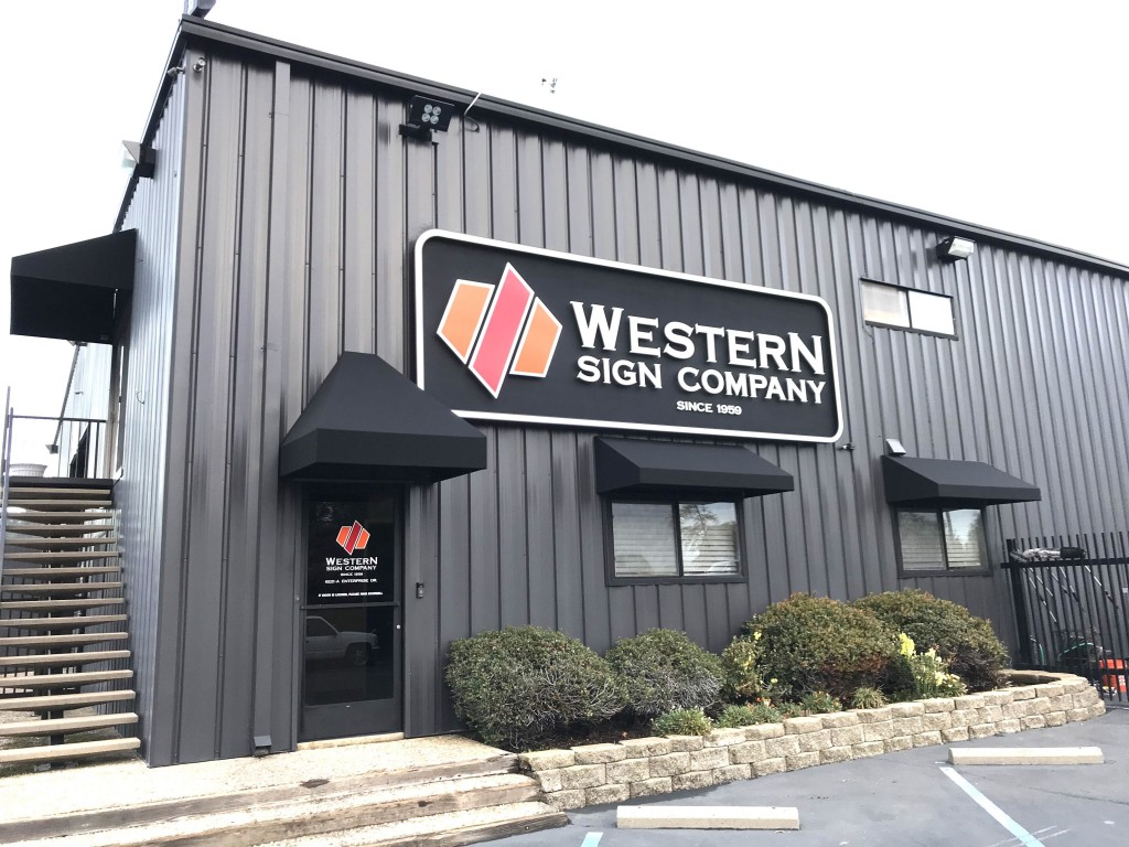 Western Sign Concept awnings